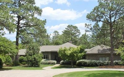 Moore County Single Family Home For Sale: 840 Lake Dornoch Drive