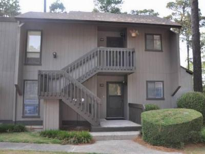 Pinehurst Condo/Townhouse Active/Contingent: 10 Pine Tree Rd #105