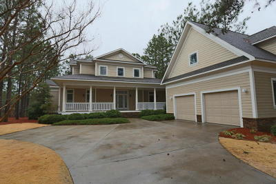 Moore County Single Family Home For Sale: 17 Cherry Hill Place