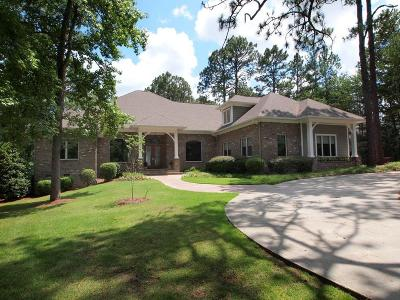 Moore County Single Family Home For Sale: 145 Brookhaven Road