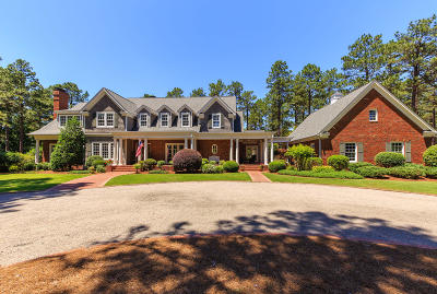 Pinehurst Single Family Home For Sale: 770 Lake Dornoch Drive