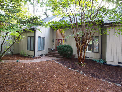 Moore County Single Family Home For Sale: 47 Stoneykirk Drive
