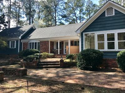 Pinehurst, Southern Pines Single Family Home For Sale: 2250 E Connecticut Avenue