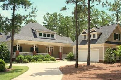 Moore County Single Family Home For Sale: 2 Wellington Drive