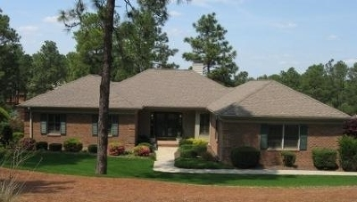Southern Pines Single Family Home For Sale: 42 Highland View Drive