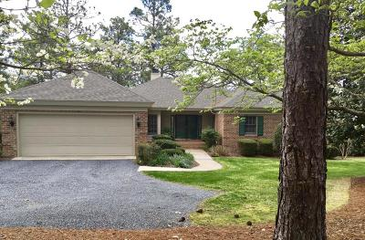 Southern Pines Single Family Home For Sale: 44 Highland View