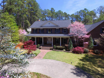 Pinehurst, Southern Pines Single Family Home For Sale: 25 Valley Road
