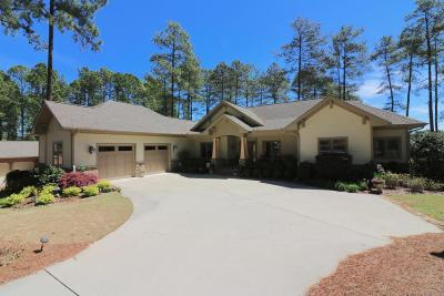Moore County Single Family Home For Sale: 24 Masters Ridge