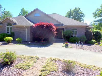 Pinewild Cc Single Family Home Active/Contingent: 64 Kilbride
