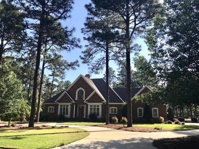Moore County Single Family Home For Sale: 17 Birkdale Way