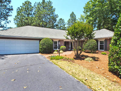Middleton Place Condo/Townhouse Active/Contingent: 4 Drayton Court #4