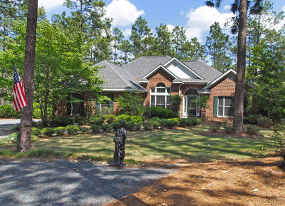 Pinewild Cc Single Family Home For Sale: 50 Pinewild Drive