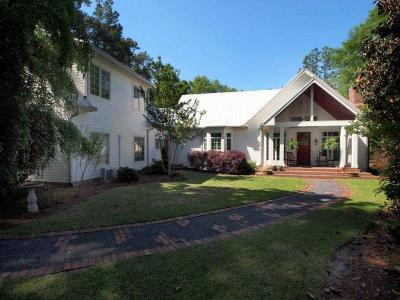 Moore County Single Family Home For Sale: 125 Fields Road