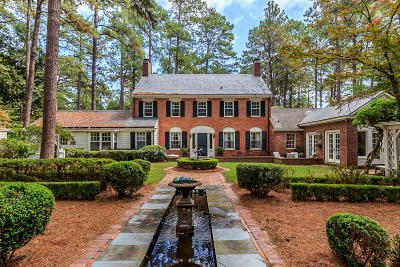 Southern Pines Single Family Home For Sale: 120 Highland Road