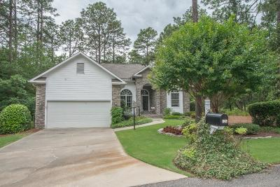 Southern Pines Single Family Home For Sale: 126 Triple Crown Circle