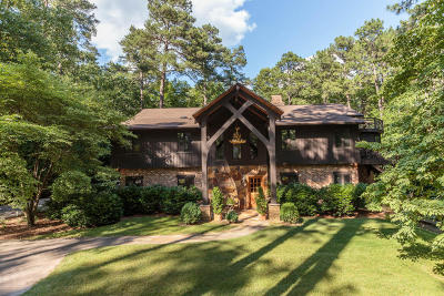 Southern Pines Single Family Home For Sale: 1215 E Massachusetts Ave.