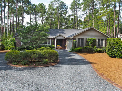 West End Single Family Home For Sale: 290 Longleaf Drive