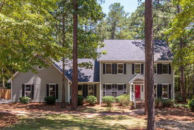 Sandhrst South, Sandhrst West, Sandhurst Single Family Home For Sale: 465 E Hedgelawn Way
