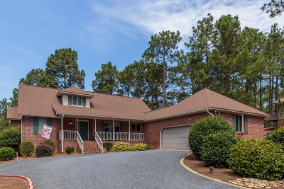 Moore County Single Family Home For Sale: 120 Hastings Road