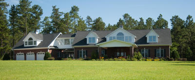 Moore County Single Family Home For Sale: 960 Foxfire Road