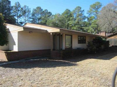 Moore County Rental For Rent: 209 Bentwood Lane
