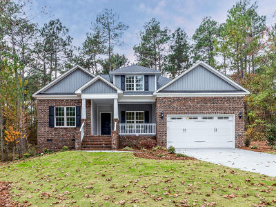 Southern Pines Single Family Home For Sale: 102 Tar Kiln Place
