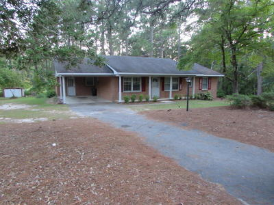 Southern Pines Single Family Home Active/Contingent: 312 Selkirk Trail