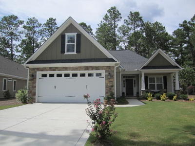 Southern Pines Single Family Home For Sale: 165 N Bracken Fern Lane
