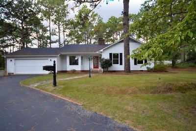 Southern Pines NC Single Family Home For Sale: $230,000