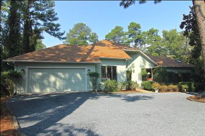 Moore County Single Family Home For Sale: 12 E Quail Lake Road