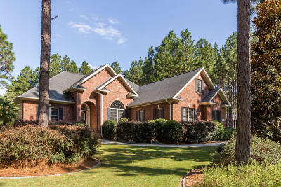 Seven Lakes, West End Single Family Home For Sale: 255 Longleaf Drive
