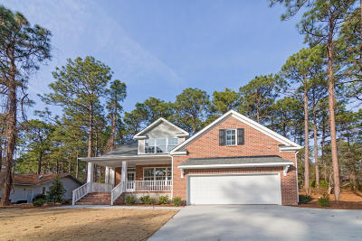 Pinehurst Single Family Home For Sale: 195 Lake Hills Drive
