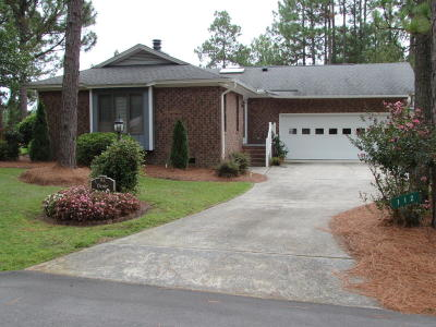 West End NC Single Family Home For Sale: $154,500