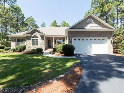 Moore County Single Family Home For Sale: 103 Clay Circle