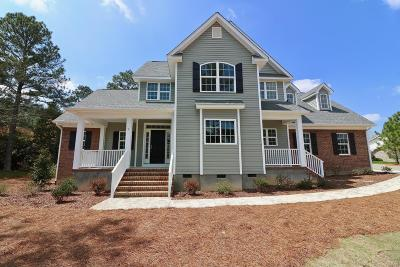 Moore County Single Family Home For Sale: 2 Gambel Court