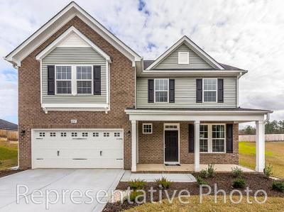 Carthage Single Family Home For Sale: 635 Avenue Of The Carolina