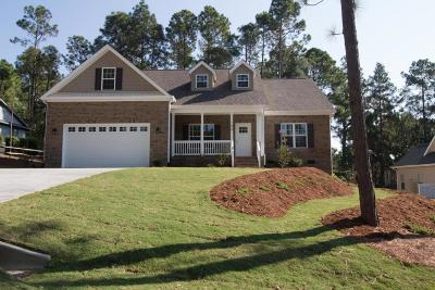 Moore County Single Family Home For Sale: 100 Forest Lane