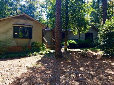 Southern Pines Single Family Home For Sale: 145 One Down St