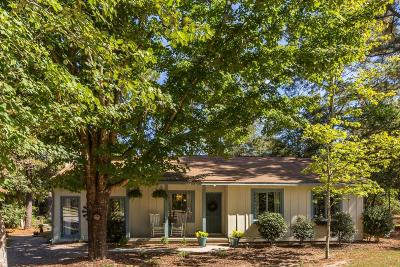 Southern Pines Single Family Home For Sale: 575 Yadkin Road