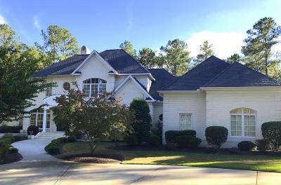 Moore County Single Family Home For Sale: 12 Elkton Drive