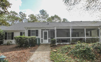 Southern Pines Condo/Townhouse For Sale: 32 Village Green Circle