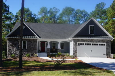 Pinehurst Single Family Home Active/Contingent: 8 W Fur Court