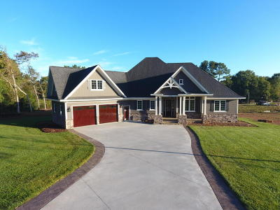 Single Family Home For Sale: 49005 Piney Point Road
