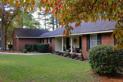Foxfire Single Family Home For Sale: 20 N Shamrock Drive