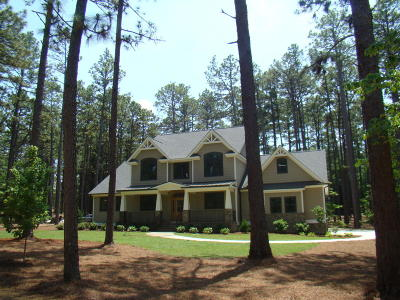Southern Pines Single Family Home For Sale: 2244 E Connecticut Road
