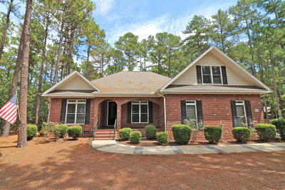 Pinehurst Single Family Home For Sale: 200 Pinyon Circle