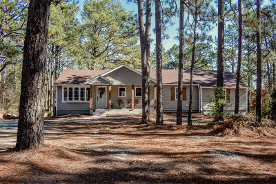 Southern Pines Single Family Home For Sale: 495 Central Drive