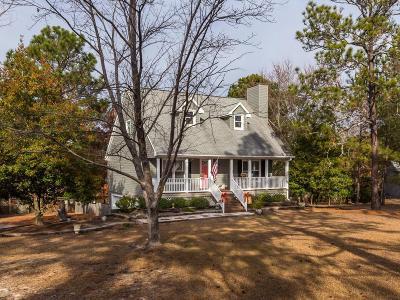 Seven Lakes, West End Single Family Home For Sale: 105 Oakcrest Court