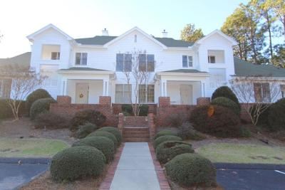 Southern Pines Condo/Townhouse For Sale: 26 N Knoll Road