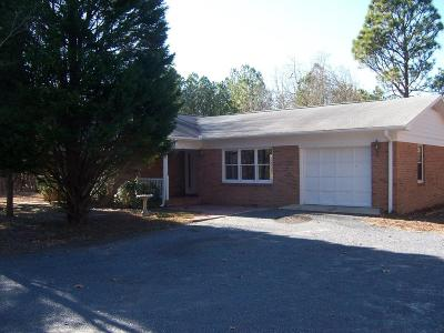 Single Family Home Active/Contingent: 419 Ellis Lane